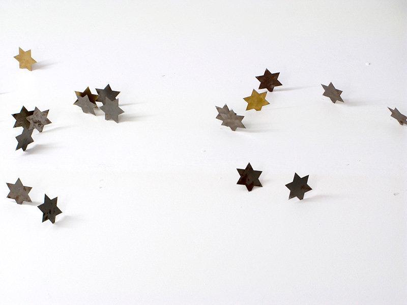 UNTITLED-PERFORMACE-JEWISH-STAR-IRON-2010-web.jpg